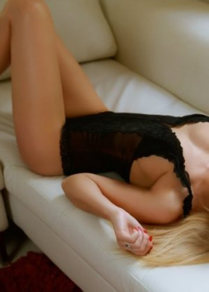 Eloha independent escort in Kingstowne