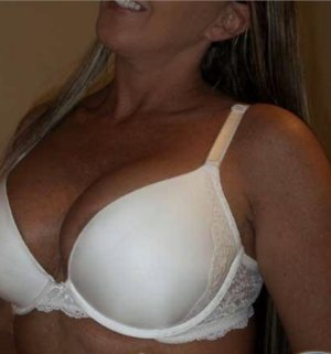 Melena sex dating in Sarasota Springs Florida & live escort